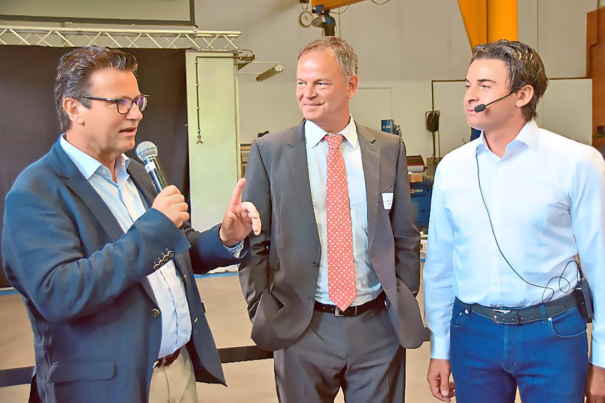 Minister Peter Hauk At Neumaier Neumaier Industry